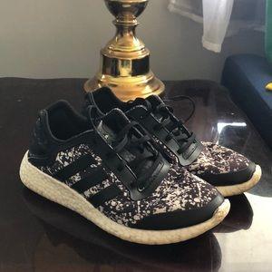 Adidas Boost Men's 6.5 YYA 606001